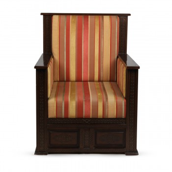 Carved Wooden Single-Seater Sofa