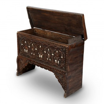 Traditional Unique Wooden Console